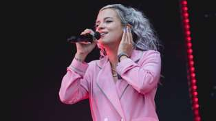 This is the setlist Lily Allen is most likely to perform at her New Zealand show!