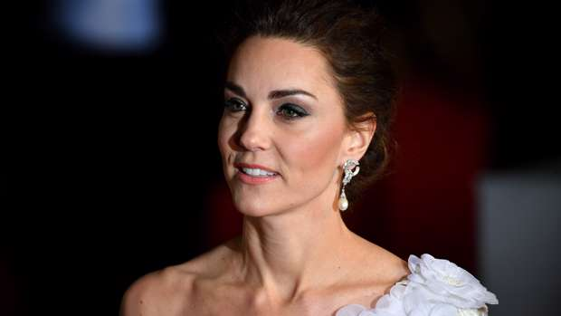 1b5e920e444f Kate Middleton looks straight out of a fairy-tale in stunning white ...