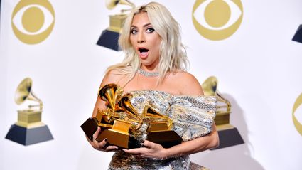 """Lady Gaga fans are convinced she's called off her engagement thanks to this """"evidence"""" ..."""
