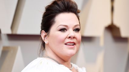 Melissa McCarthy proudly shows off 35kg weight loss in figure-hugging jumpsuit at the Oscars