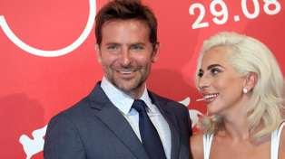 Fans believe this photo of Lady Gaga and Bradley Cooper proves they're having an affair ...