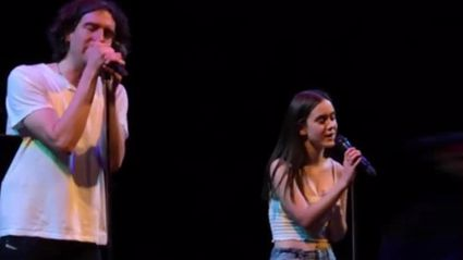 Courteney Cox's 14-year-old daughter sings STUNNING 'Chasing Cars' duet with Snow Patrol