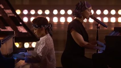 Alicia Keys performs epic piano duet of 'You Don't Know My Name ' with her eight-year-old son