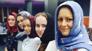 Christchurch Terror Attack: Toni Street, Brodie Kane and The Hits women wear headscarves in solidarity with Muslim community