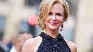 Nicole Kidman debuts new pixie cut - and she looks amazing!
