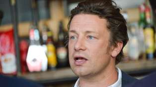 Read the emotional letter Jamie Oliver sent to his laid-off employees ...