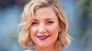 Kate Hudson shares hilarious and all too relatable photo of her spray tan fail