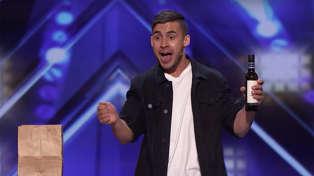 "Australian magician STUNS American's Got Talent judges with ""intoxicating"" magic tricks!"