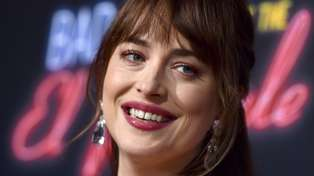 Dakota Johnson speaks out after fans freak over her famous gap tooth disappearing