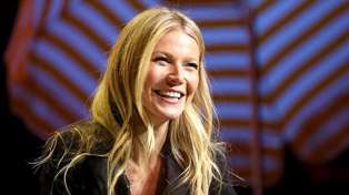 Gwyneth Paltrow has shared a rare photo of her daughter Apple and they look almost identical