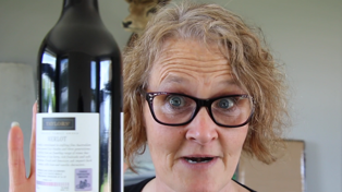 The Testing Lounge: Tracy learns when wine is at the optimum temperature!