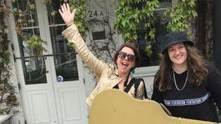 Estelle talks to Kiwi musician Abby Wolfe ahead of her big New Zealand roadie