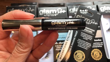Try it Out Tuesday - Estelle glams up with magnetising eyeliner and lashes