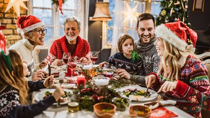 Here are six excellent tips for how to survive your family this Christmas