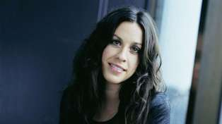 Alanis Morissette opens up about suffering a 'bunch of miscarriages'