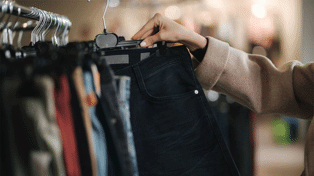 Woman shares 'foolproof' hack for finding the perfect pair of jeans