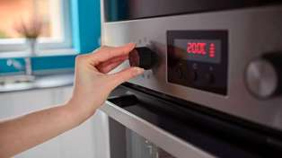 What all those symbols on your oven actually mean and how to use them best