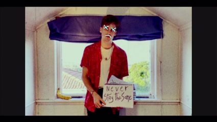Music Discovery - Taylor Roche shares his new single 'Never Like That'
