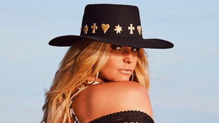Jessica Simpson shows off jaw-dropping body transformation in stunning new photos