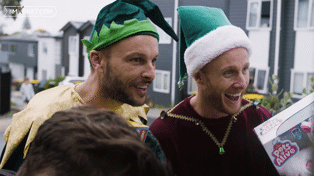 Jono and Ben surprise Kiwi kids Kiera and Kaylee with Zoom call from Santa