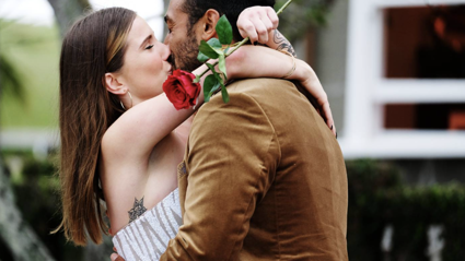 Moses Mackay gives his final rose to Annie in the finale of 'The Bachelor NZ'!