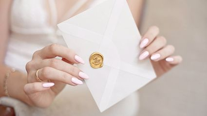 Auntzilla? Woman's fury at bride, returns wedding RSVP with nasty note